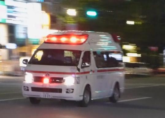 エガちゃんと救急車