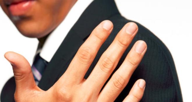 指の長さで精力を見る